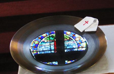Apsolījums ikvienam, kas tic un top kristīts