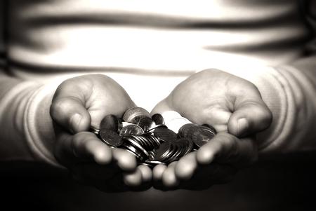 baznīca un nauda