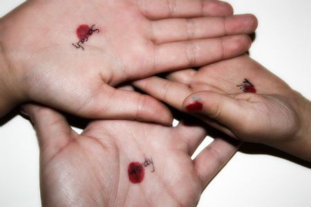 caurdurtas rokas bērniem