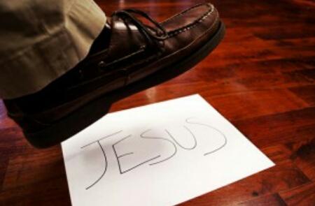 Dieva Vārda nicināšana ir bijusi visos laikos