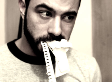 ēst papīru