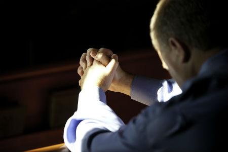 gatavs lūgšanai