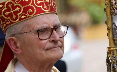 Kardināls no Latvijas pret pašu pāvestu