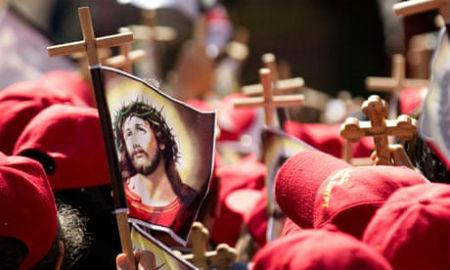 Lai Kristus krusts un apgrēcība nebeigtos