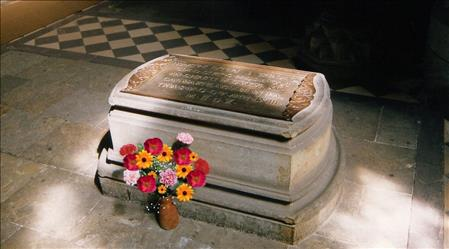 Lutera kaps gadadiena