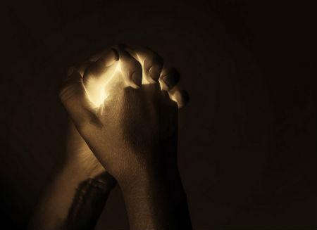 nebaidieties lūgt