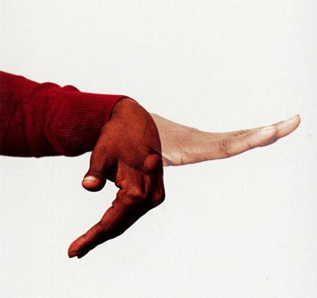 par neziedošanu izmet no draudzes