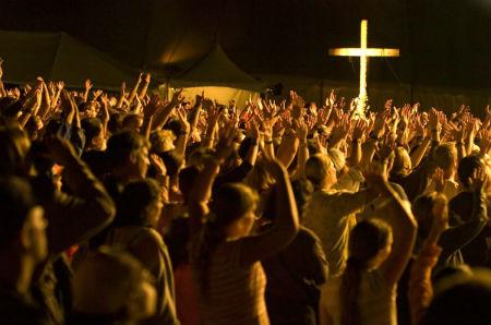 pasaulē apmeklētākās kristiešu draudzes