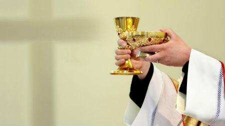 Pret Romas baznīcā ieviesto mises upura teoloģiju