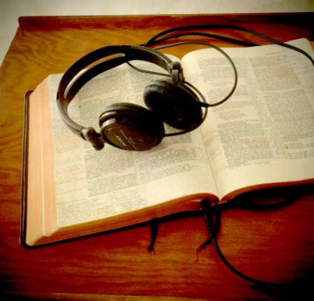 bezmaksas klausieties Jaunās Derības jauno tulkojumu