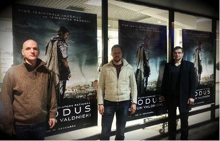 """Filmas """"Exodus: Dievi un Valdnieki"""" skatīšanās"""