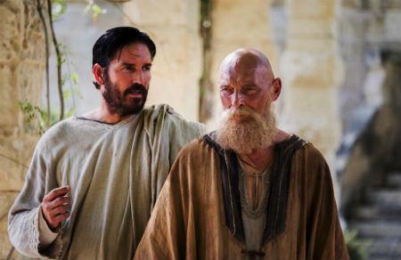 Grandioza filma par apustuli Pāvilu