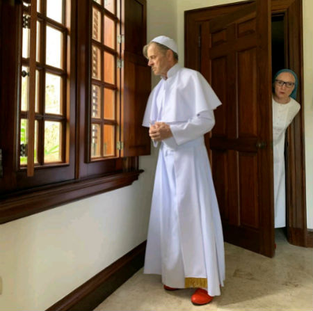 Izrāde par Romas pāvesta noslēpumaino atkāpšanos no amata