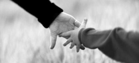 Kā vecākiem izturēties pret bērniem