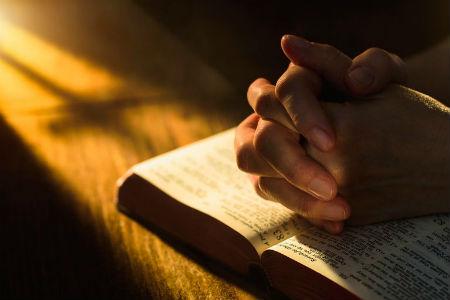 Kādēļ mums ir jālūdz
