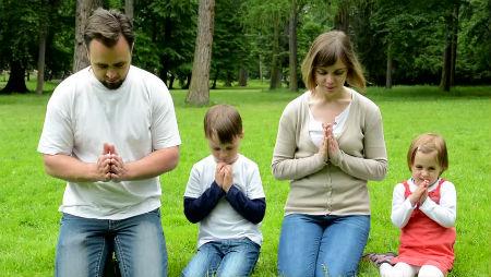 Ko mēs drīkstam lūgt
