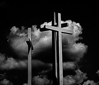 Kristus ciešanās un nāvē māca, ka mums jābīstas un jāmīl Dievs
