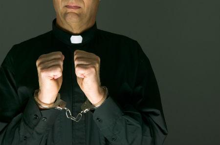 Latvijas noziedzīgie garīdznieki