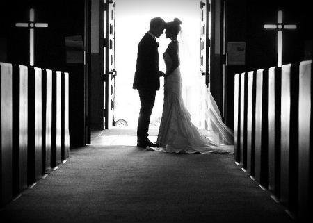 Laulība: Pasaulīga lieta - pēc Dieva kārtības