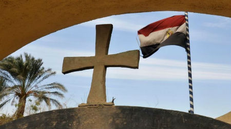 Legalizē arvien vairāk kristiešu dievnamus