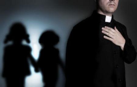 noskaidrots cik no katoļu priesteriem esot pedofīli