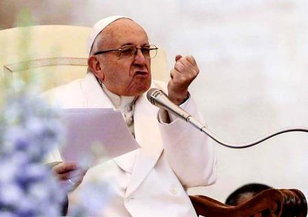 Pāvesta Franciska atmaskotājs kritis nežēlastībā