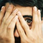 Sargi savas acis, visu neskaties