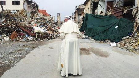 zemestrīces esot Dieva sods par homoseksuālām savienībām